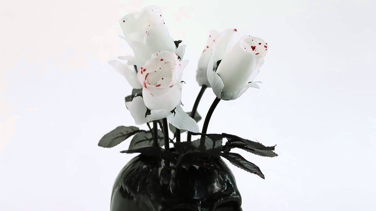 Skull Vase Wilting Roses Spirit Halloween Youtube