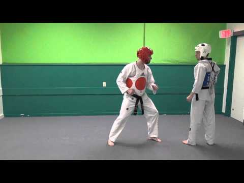 Cut Kick Axe Kick Combo - Basic Olympic Taekwondo Sparring Moves