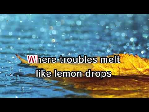 Judy Garland - Somewhere Over The Rainbow (Karaoke and Lyric Version)