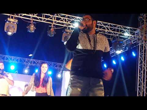 "Badshah live at Agra""ABHI TOH PARTY SHURU HUI HAI"" Mp3"