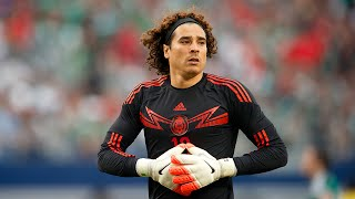 Guillermo Ochoa - Málaga CF - Best Saves - 2015 HD thumbnail