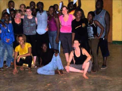 Stage de Danses Africaines au Burkina Faso - Photos - Danse Africa 2012 .wmv