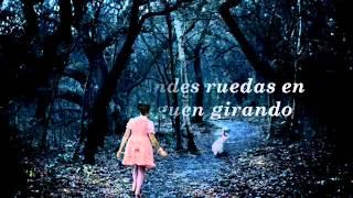 Sometimes i feel like Alice - Lisa Mitchell (Subtitulada / Traducida al español)