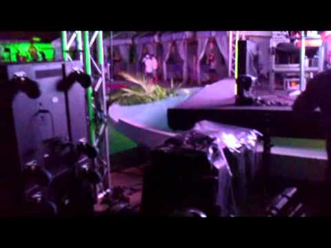DJ Nakai Tocando na Saturday Pool Party 09 04 2011
