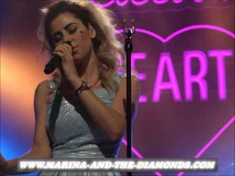 MARINA-NEWS.NET - Marina and the Diamonds - Electra Heart Showcase live in Zürich 25/05/2012
