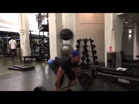 Stephen Amell Workout Routine For Arrow TV Series