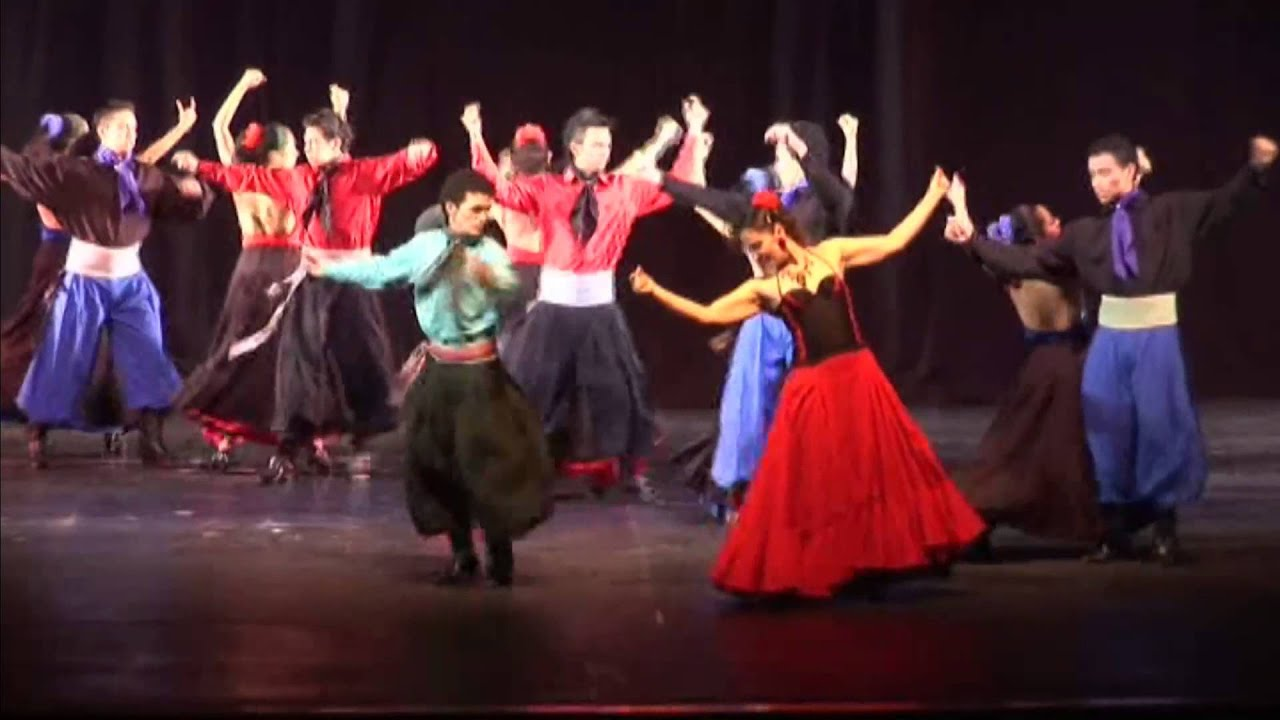 Maestra Consuelo Cavanzo (Danza folclórica)