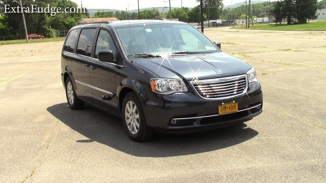 Chrysler town and country 2013 reviews