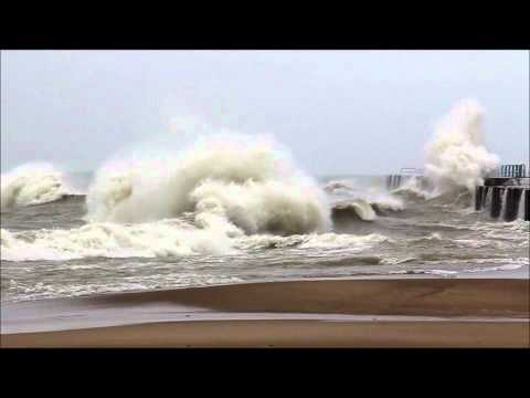 September Gale on Lake Huron 09/30/2011 Part 2