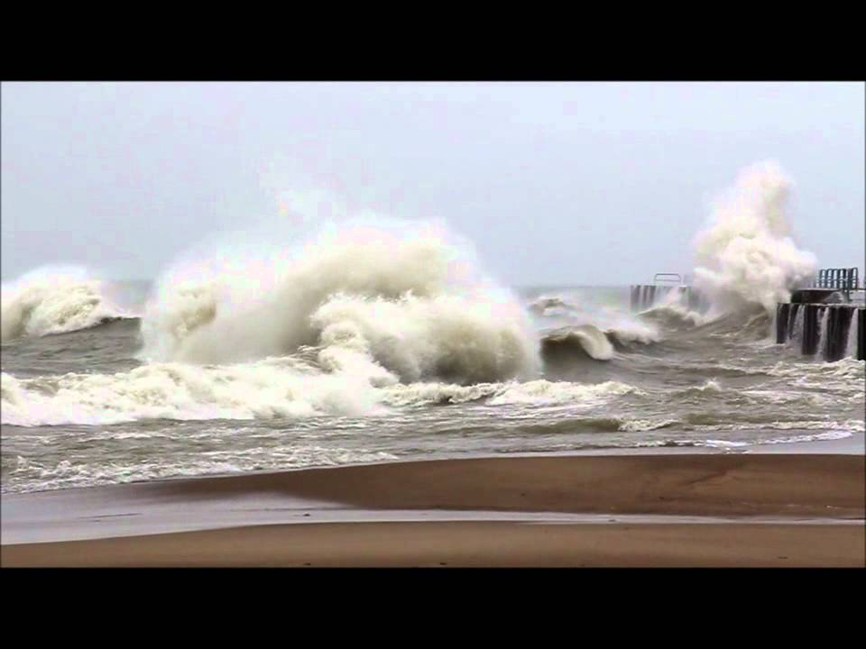 September Gale On Lake Huron 09 30 2011 Part 2 Youtube