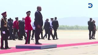 21 Gun salute: President Uhuru Kenyatta arrives in Jamaica