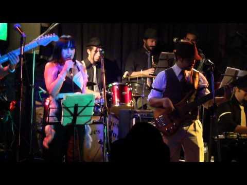 Four Funky en Mr Jones 05/03/11 - Sex Bomb