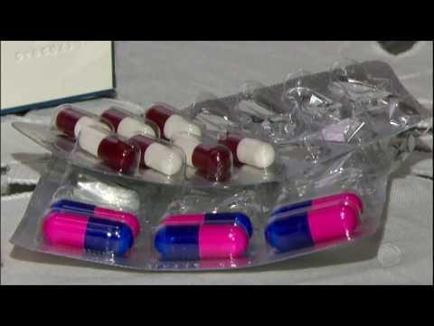 Conheça são os riscos de quebrar um comprimido