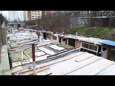 Les roms de la petite ceinture redoutent une expulsion imminente