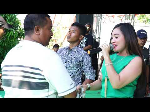 Nyusubi Weteng - Yuliana ZN - Susy Arzetty Live Kertasura Kapetakan Cirebon