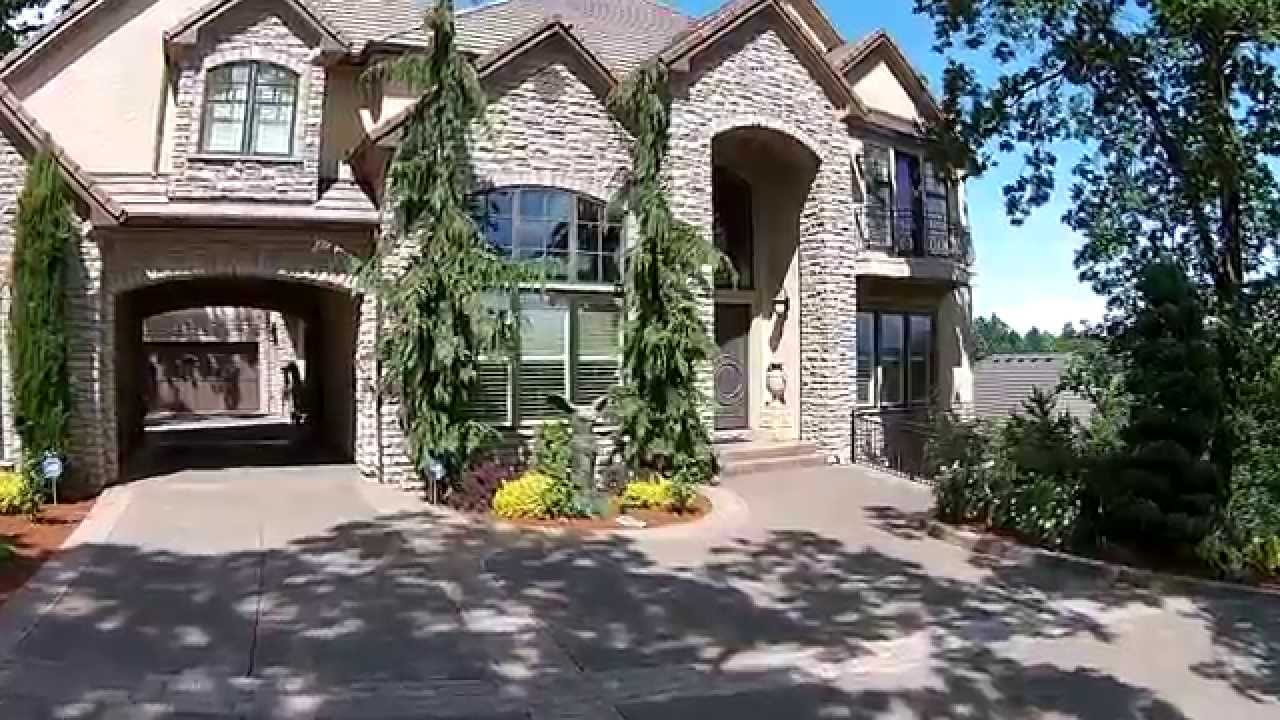 Exquisite french mediterranean home in west linn luxury for Luxury french real estate
