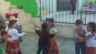 Marieta no seas Coqueta por los niños del CAIC loma dorada