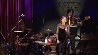 作詞:森村メラ 作曲:Joey Carbone & Kyoko Nitta シングル『砂を噛む...