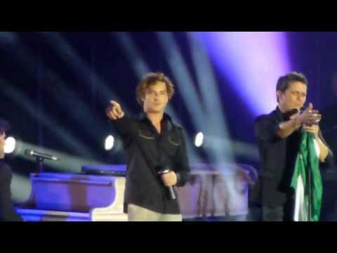 Alejandro Sanz y David Bisbal - Mi soledad y yo (Estadio Olimpico Sevilla 19-06-2013)