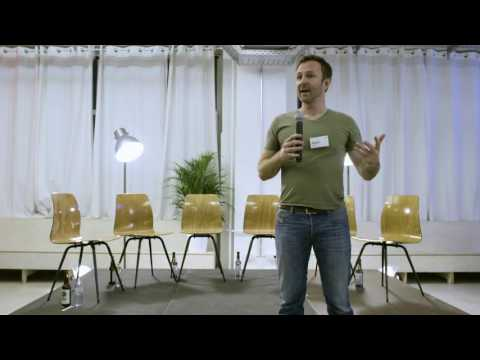The difference between neo banks & traditional banks - Jason Bates | Future of Finance