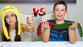MINI GUMMY FOOD vs GIANT GUMMY FOOD!! thumbnail