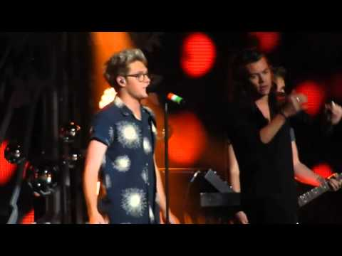 One Direction - Love You Goodbye | Dallas KISS FM Jingle Ball