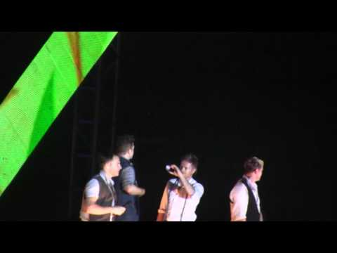 Westlife - Seasons In The Sun | Gravity Tour 2011 - Hanoi, Vietnam