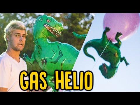ENCHI UM DINOSSAURO COM GAS HELIO !!! ELE VOOU?!