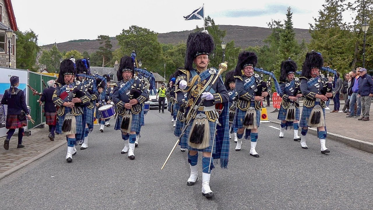 Download RAF Central Scotland Pipes & Drums parade through village to 2018 Braemar Gathering Highland Games
