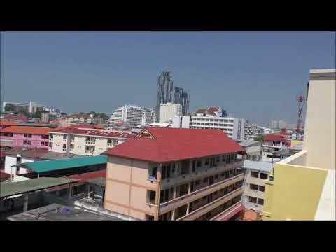 Thaimaa Pattaya D XPress hotellin katolta kuvaa Helmikuu 12, 2017