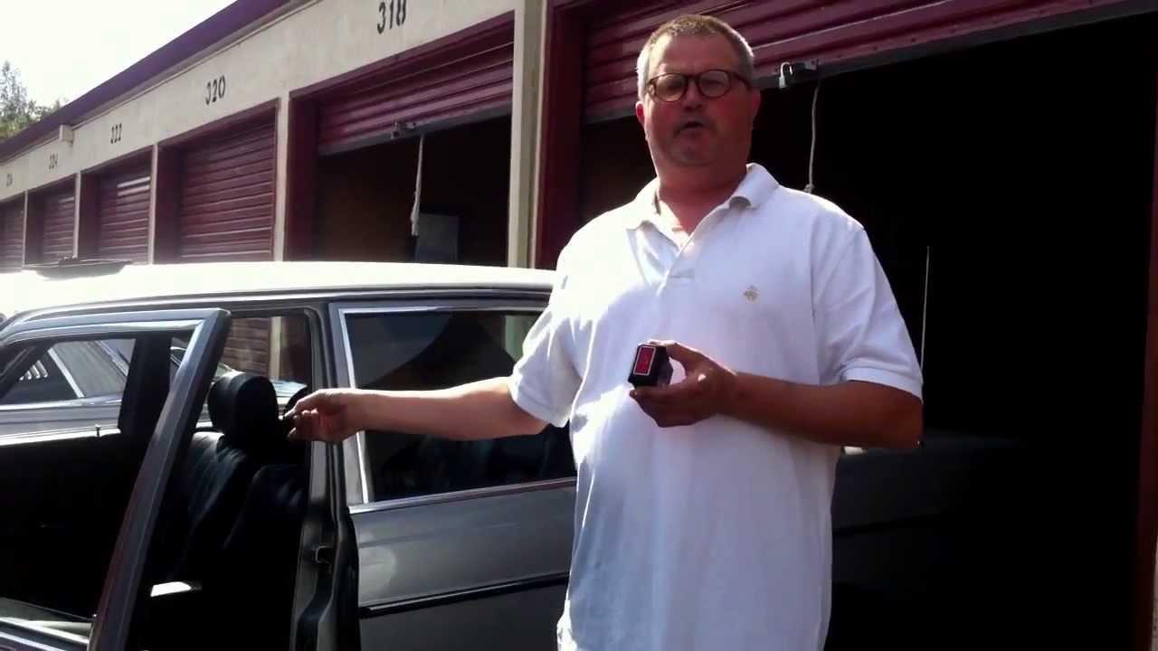 Mercedes Benz W123 Flasher Relay Switch Info Youtube