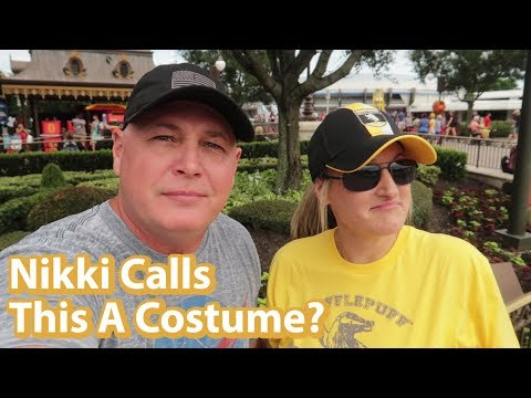 Must Do's At Disney's Halloween Party |  Nix Top Six Or More Things To Do at Mickey's Not So Scary