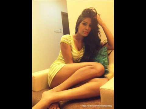 Hot Poonam Pandey Strip in Bed Seducing naked - YouTube