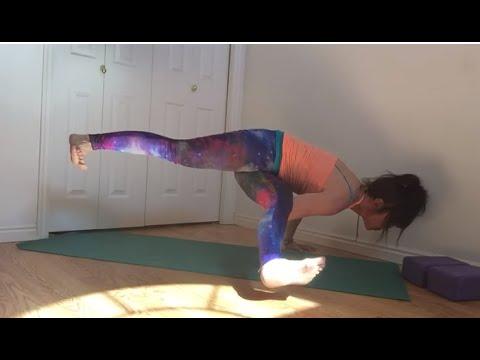 Yoga: How To Do Side Crow / Parsva Bakasana With Split Legs