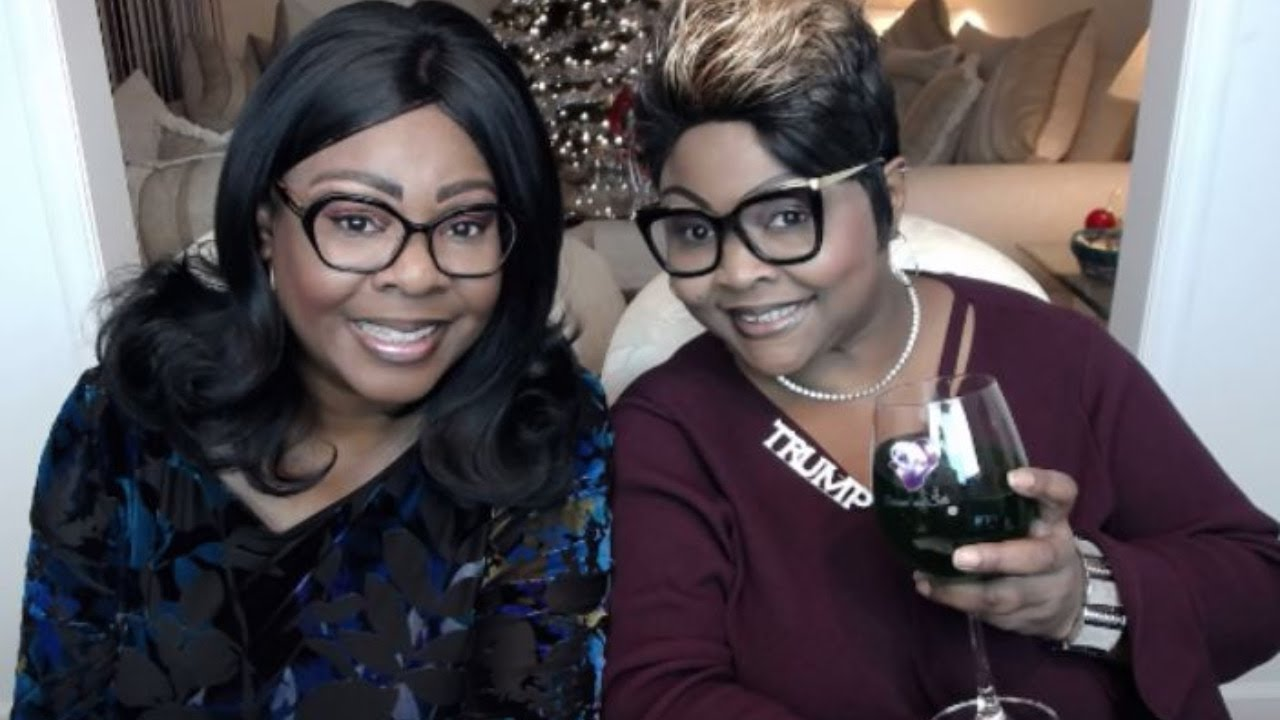 """Diamond and Silk on Chit Chat Live discussing the news of the week and scratching the """"ITCH&quo"""