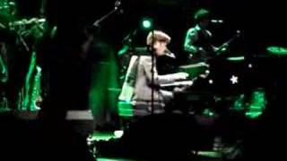 Rufus Wainwright @ FIP - Do I Disappoint You 1