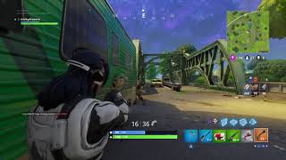 How to Sneak Up Behind Someone in Fortnite