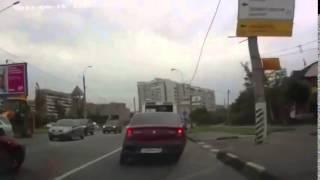 Глупые аварии и ДТП снятые на видео регистратор