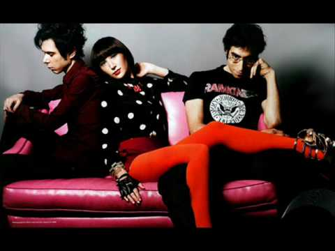 Yeah Yeah Yeahs - Cold Light