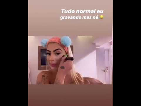 Dynho Alves Chup* Mc Mirella Enquanto Ela Se Maquia