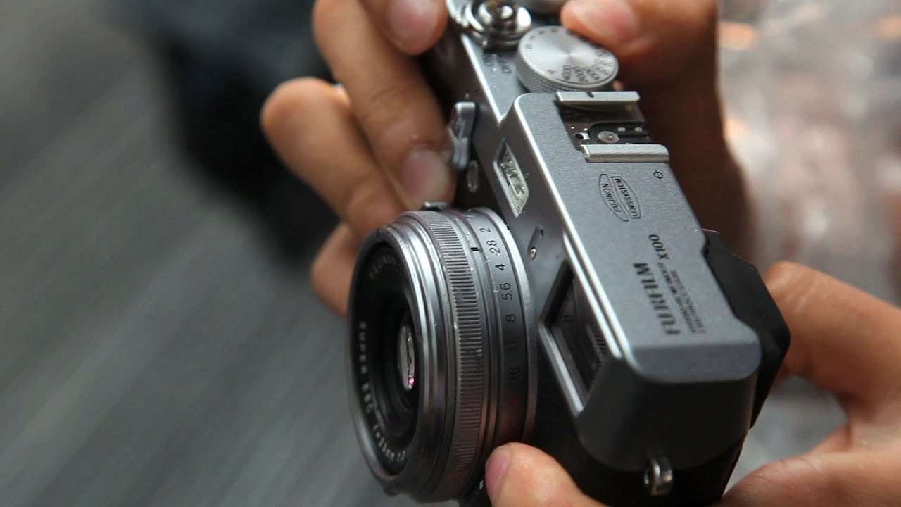 Fujifilm X100 vs Leica M9 - DigitalRev TV