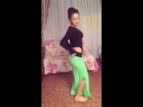 رقص بنت عمرها 17 سنه thumbnail