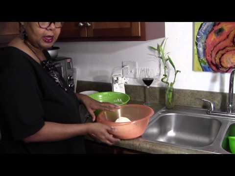 Sour Cream Pound Cake By Nett's Kitchen