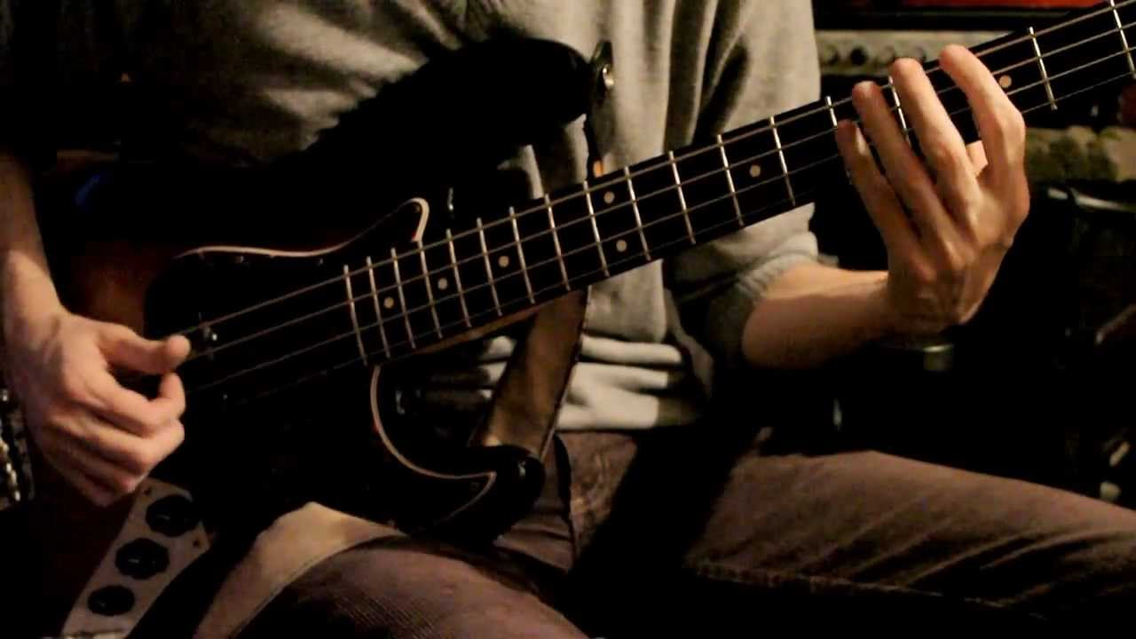 Download Groove Victor Wooten Style (me and my bass guitar lesson)