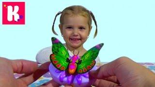 Бабочка как живая / Машет крылышками / Little Live Pets Butterfly