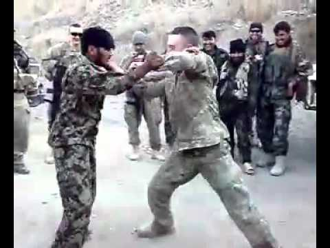 Afghan soldier fight with american solder