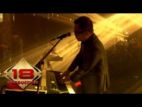 Kerispatih - Tetap Mengerti  (Live Konser Surabaya 5 Desember 2014)