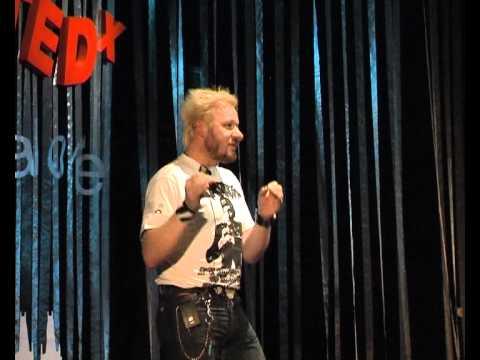TEDxHradecKralove -  Štěpán Málek - Nebojte se! Nestyďte se!