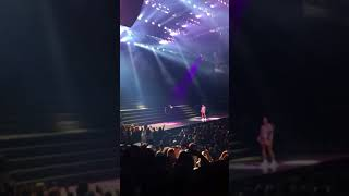 Halsey's at the Barclays Center performs no limits with g- eazy
