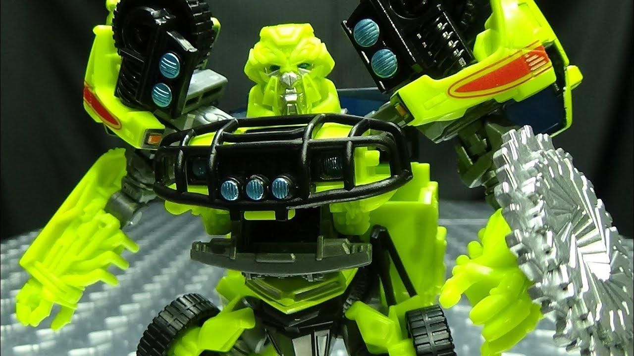 RATCHET Transformers Studio Series Deluxe